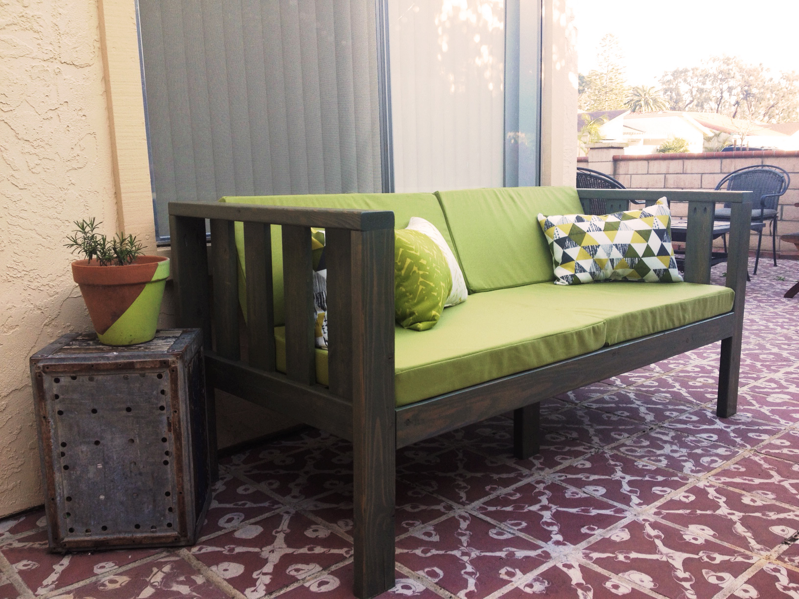 Our Diy Patio Sofa Vivagood